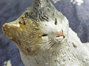 信楽焼きの猫【おすわり三毛猫】