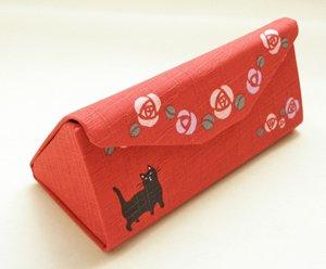 使わないときはたためる眼鏡ケース【黒猫×薔薇】赤