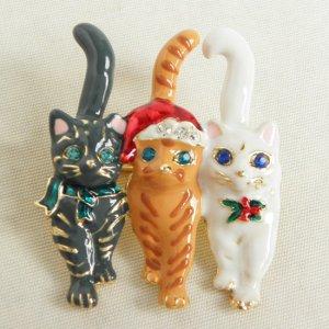 クリスマス猫ブローチ【3匹の猫】