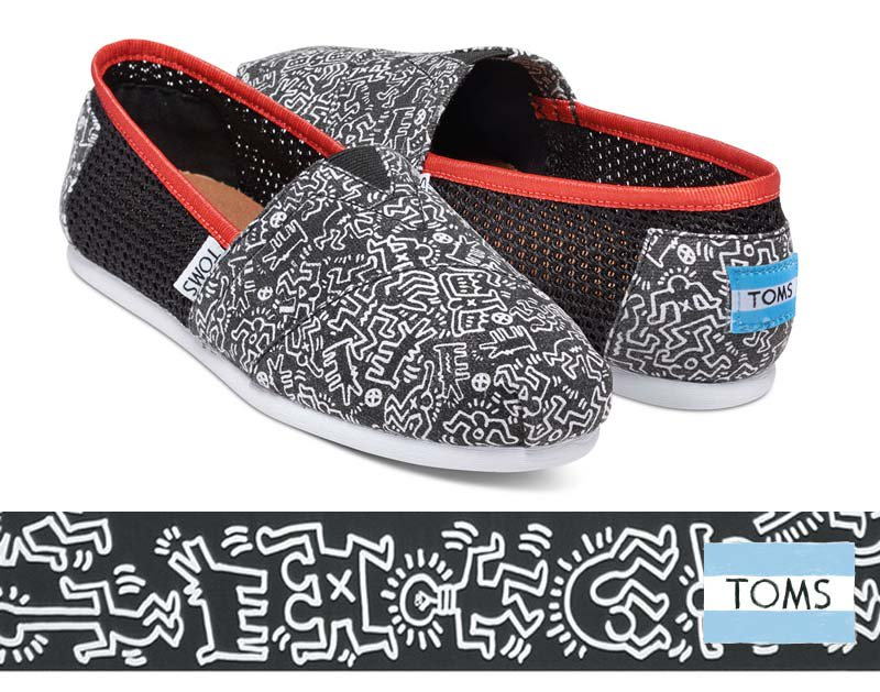 トムズ×キースへリング(Toms×KEITH HARING)キャンバススリッポンシューズ/Classic Keith Haring Chalkboa…