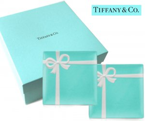 TIFFANY & CO(ティファニー)ティファニーブルー リボンデザートプレート2枚セット/食器 皿/紙袋付き<img class='new_mark_img2' src='https://img.shop-pro.jp/img/new/icons5.gif' style='border:none;display:inline;margin:0px;padding:0px;width:auto;' />