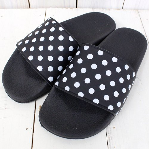 Needles『Polka Dot Slide Sandal』(Black)