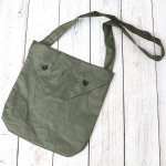 ENGINEERED GARMENTS『Shoulder Pouch-Coated Linen』