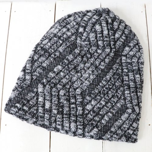 『Long Beanie-Zigzag Cable Knit』