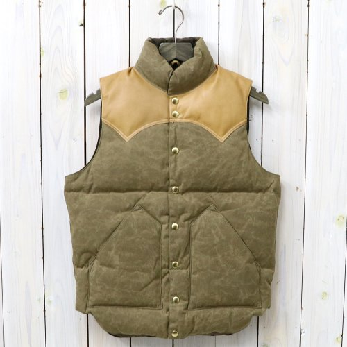 『Paraffin Down Vest』(BROWN)