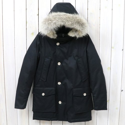 『LAMINATED COTTON PARKA WOCPS2620』(BLACK)