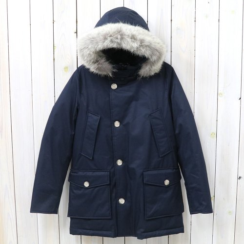 『LAMINATED COTTON PARKA WOCPS2620』(DARK NAVY)