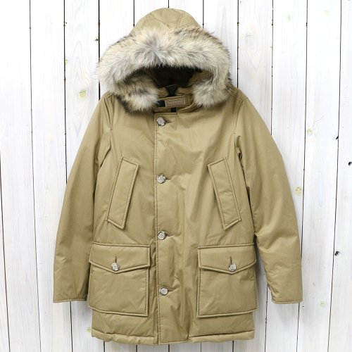 『LAMINATED COTTON PARKA WOCPS2620』(OCHER)