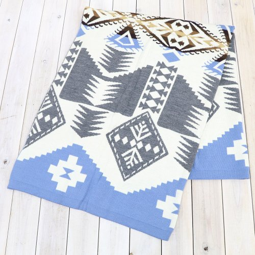 PENDLETON『Jacquard Kint Throws』(Silver Bark)