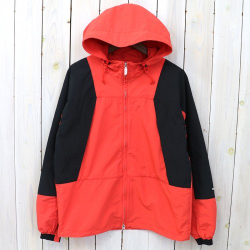 『Mountain Wind Parka』(TNF Red)