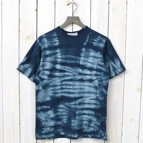 『CHOP CORNER POCKET T』(NAVY)
