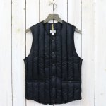 Rocky Mountain Featherbed『Six Month Vest』(BLACK)