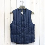 Rocky Mountain Featherbed『Six Month Vest』(NAVY)