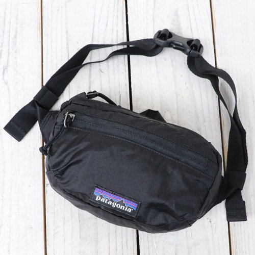 『Lightweight Travel Mini Hip Pack』(Black)