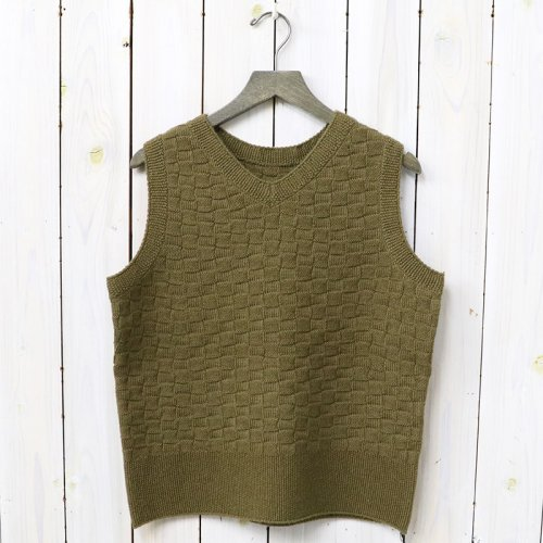 『CHECKERED KNITTING VEST』(KHAKI)