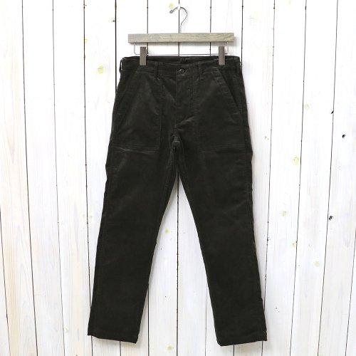 『SLIM FIT FATIGUE PANTS』(BROWN)
