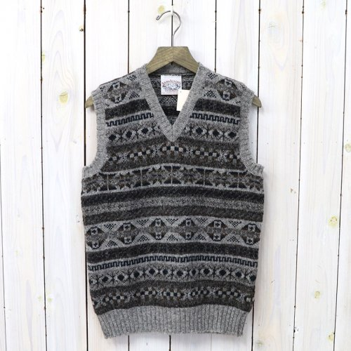Jamieson's『ALL OVER FAIRISLE V-NECK VEST』(NAVY)