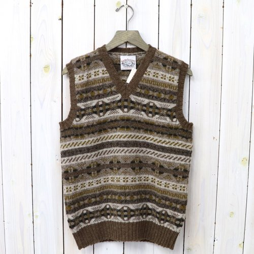 『ALL OVER FAIRISLE V-NECK VEST』(CAMEL)