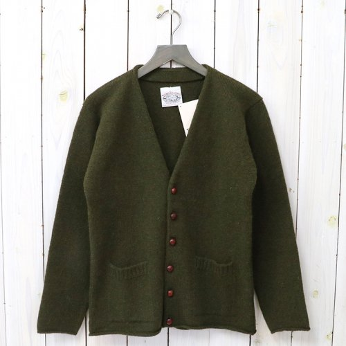 『PLAIN TIGHT KNIT V-NECK CARDIGAN』(OLIVE)