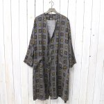 Needles『V Neck Robe-Cupra Sateen』(Navy)
