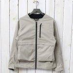 Tilak-Poutnik『BLADE Jacket』(Sand Stone)