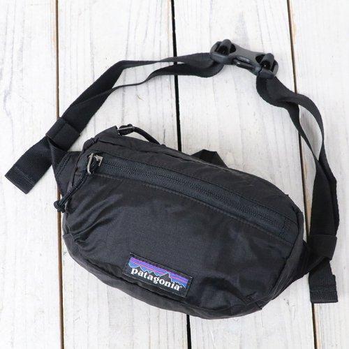 patagonia『Lightweight Travel Mini Hip Pack』(Black)