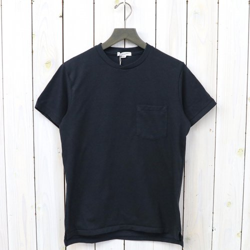 『Crossover Neck Pocket Tee』(Navy)