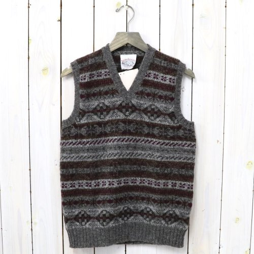 Jamieson's『ALL OVER FAIRISLE V-NECK VEST』(WINE)
