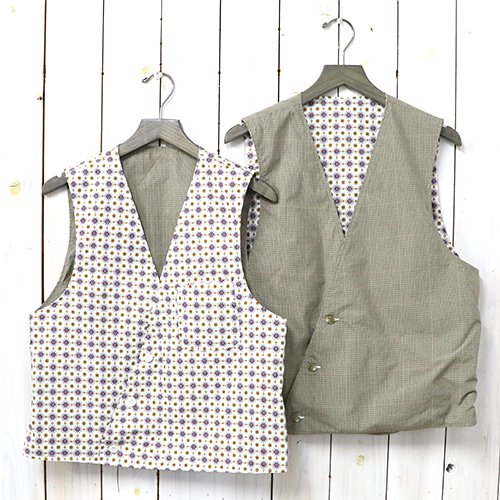 ENGINEERED GARMENTS『Reversible Vest-Floral Foulard Print』(White & Khaki Tattersall)