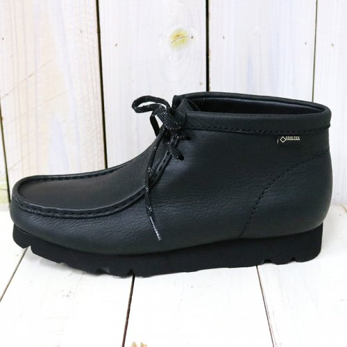 Clarks『WallabeeBT GTX』(Black Leather)