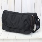 "hobo『""Basic"" Messenger Bag』(Black)"
