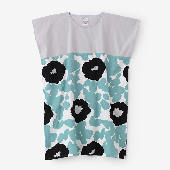 高島縮 長方形衣 組 裾文様/白鼠(しろねず)×優 水縹(ゆう みずはなだ)