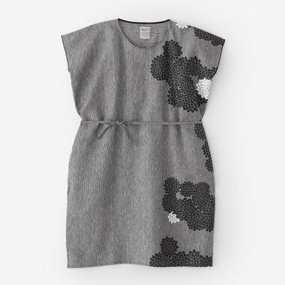 麻 長方形衣/雲間に菊と余白(くもまにきくとよはく)