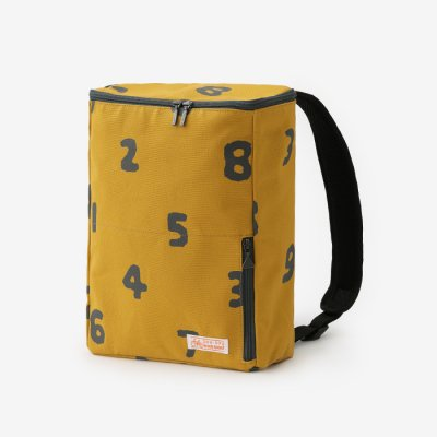 BOXバックパック 小/SO-SU-U 芥子色×濃灰(からしいろ×こいはい)