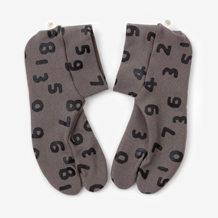 ストレッチ足袋 柄 綿/SO-SU-U昆 煤色(すすいろ) ※滑り止め付