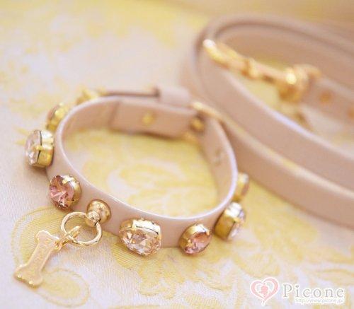 【For Pets Only】Precious Stone Collar&Lead(カラー&リード) 大粒のスワロフスキーが目を引くゴージャスなカラー&リードセット。付けた時のキラキラ感がとてもエレガントです!!見た目のデザインよりもとっても軽量で着け心地もGOOD!お洋服にも合わせいカラー...