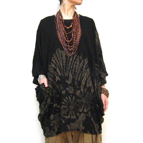 エスニックファッション・アジアンファッション  タイダイポンチョ風ブラウス(ブラック)2/エスニックファッション・アジアンファッション・バタフライ