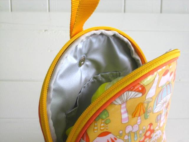 マグケース マッシュルーム オレンジ PVC