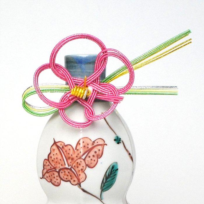 sh0036 とっくり飾り 松葉梅 ピンク