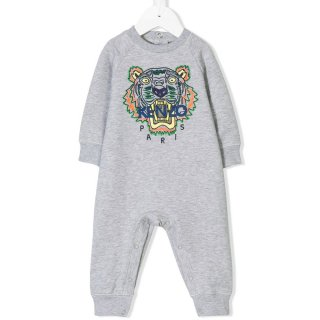 <img class='new_mark_img1' src='//img.shop-pro.jp/img/new/icons1.gif' style='border:none;display:inline;margin:0px;padding:0px;width:auto;' />KENZO KIDS |ケンゾーキッズ 子供服 通販|大阪正規取扱店舗|TIGER 刺繍スウェット ロンパース|グレー