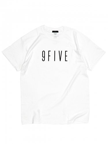 <img class='new_mark_img1' src='https://img.shop-pro.jp/img/new/icons5.gif' style='border:none;display:inline;margin:0px;padding:0px;width:auto;' />SIGNATURE TEE - white Tシャツ / ホワイト / 9FIVE / アパレル