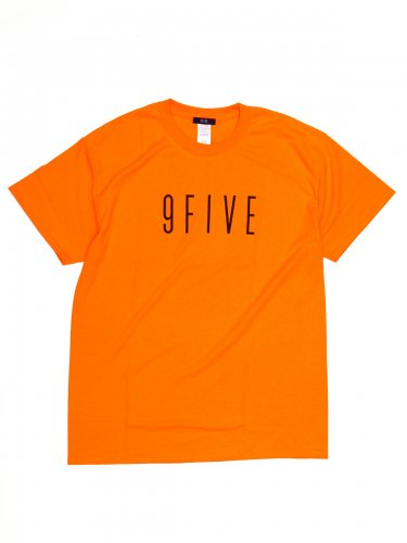<img class='new_mark_img1' src='https://img.shop-pro.jp/img/new/icons5.gif' style='border:none;display:inline;margin:0px;padding:0px;width:auto;' />SIGNATURE TEE - orange Tシャツ / オレンジ / 9FIVE / アパレル