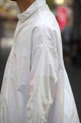 NO CONTROL AIR 60/-コンパクトコットンライトタイプライターワイドシャツ【White】
