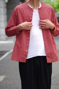 NO CONTROL AIR コットンリネンラフボイルノーカラーシャツ【Smoke Orange】