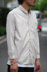 NO CONTROL AIR 80/1 TC タイプライターシャツ【Ecru Beige】