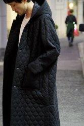 FIRMUM ウール平織りキルトフードコート