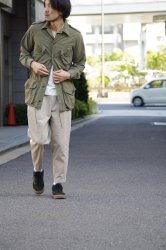 RICCARDO METHA DRAGON TWILL SIDETAPE 1TUCK CARROT PANTS【Beige】