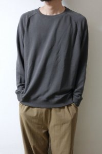 LAMOND RAGLAN SLEEVE CLASSY URAKE SWEAT【Charcoal】