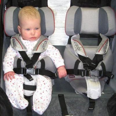 【即納】スーリー・チャリオット・赤ちゃん補助シート<Thule Baby Supporter>★6ヶ月から18ヶ月くらいまで使えます【画像4】
