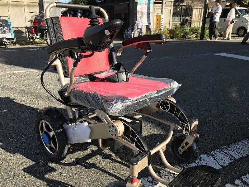 【即納】ポルタス・フリーダム 電動車椅子 リチウムイオン電池 走行20km 車椅子 電動車椅子 折り畳み 軽量 コンパクト 電動カート 電動 充電 バッテリー 介護 自走 自走式 歩行補助 色レッド【画像2】